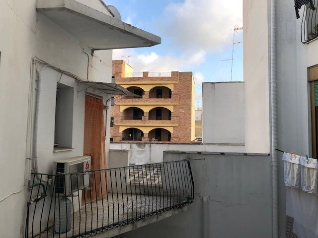 aam 555 C Appartamento affittasi in Via Imperatore Augusto