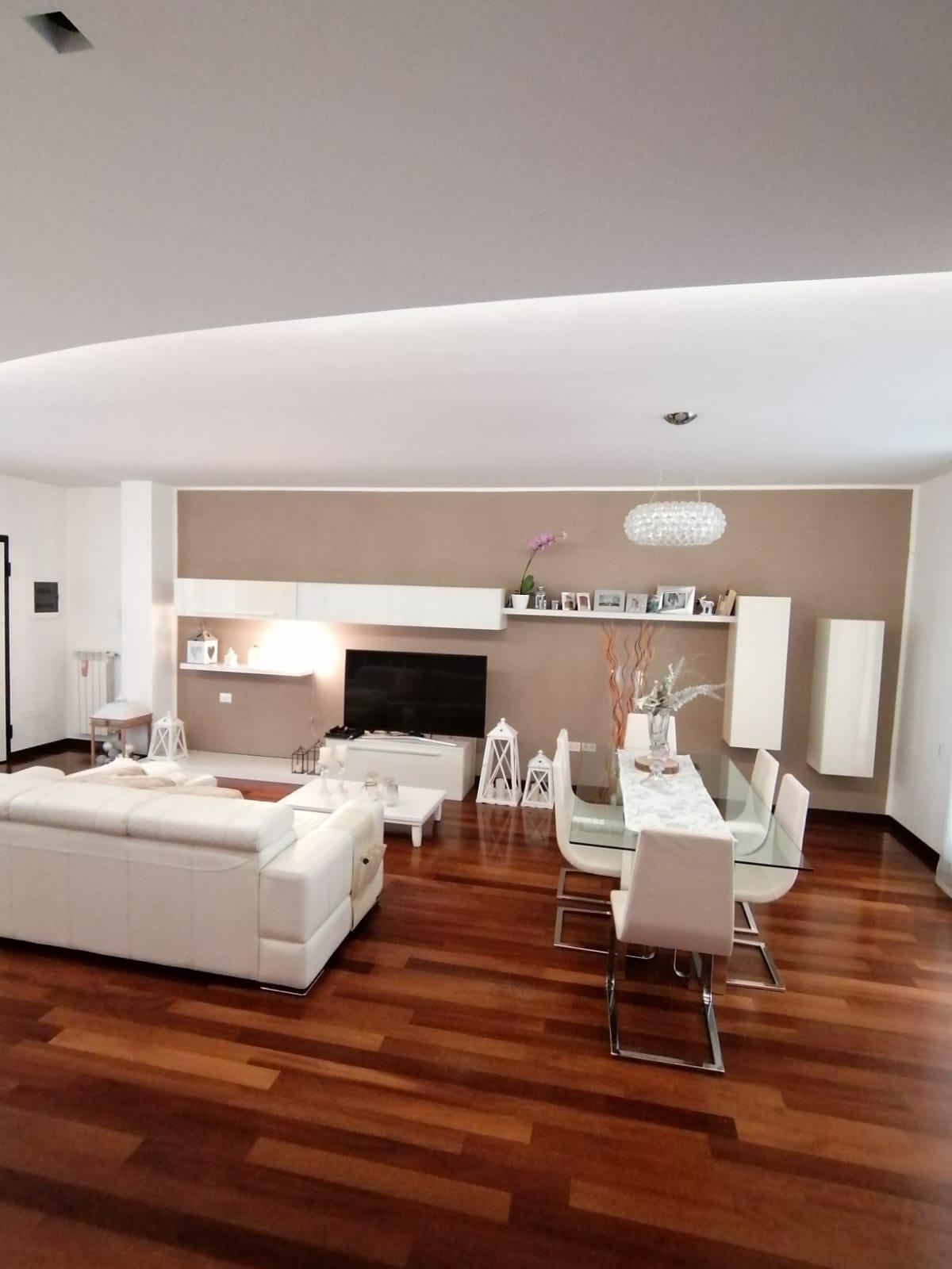 aam 657 Elegant Villa a Schiera/Stylish Side by Side Villa